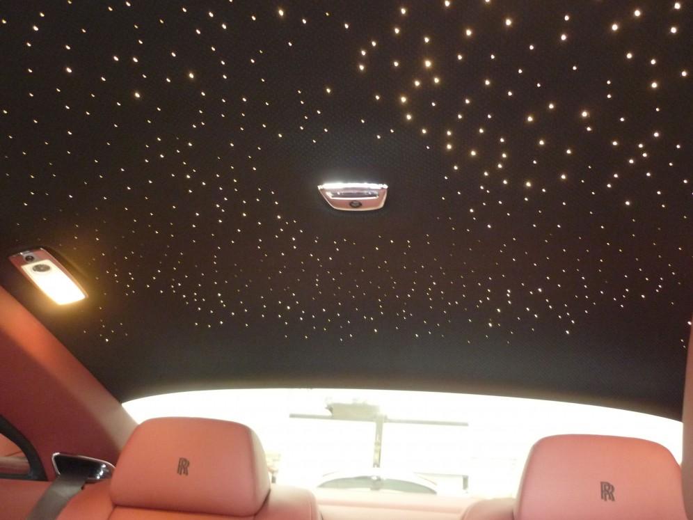 ロールスロイスレイスの車内プラネタリウム