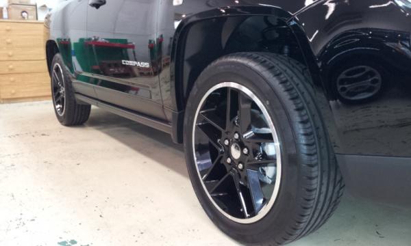 jeepタイヤ前輪後輪