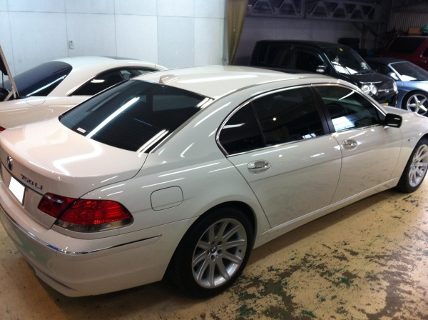 BMW750iL横
