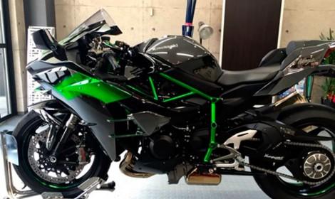 Kawasaki-Ninjya-H2-グリーン